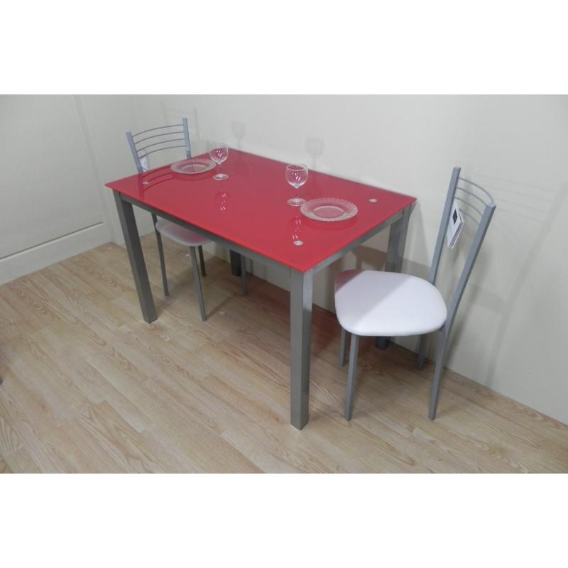 Pack mesa roja 110x70 + 2 sillas metálicas con asiento blanco