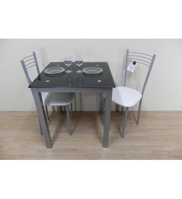 Mesa 70x70 + 2 sillas.