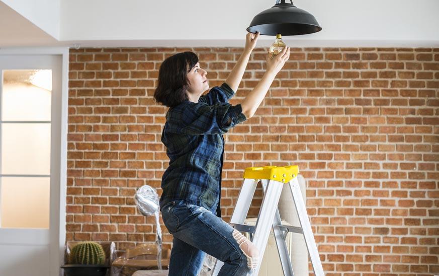 ¿Es mejor luz fría o cálida? Para cocina, baño y otras estancias