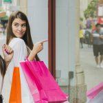 Decoración de tiendas de ropa pequeñas (útil, económica y bonita)