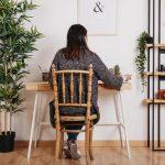 ¿Dónde colocar el escritorio en una habitación? Consejos útiles