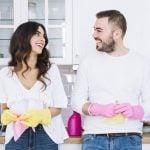Música para limpiar la casa con alegría: Canciones perfectas