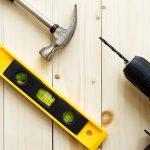 Cómo instalar mueble de baño suspendido: Altura, trucos y más