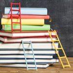Cómo organizar libros en poco espacio: Soluciones TOP