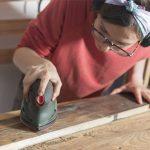 Como restaurar un mueble antiguo de madera barnizado: plan de vacaciones