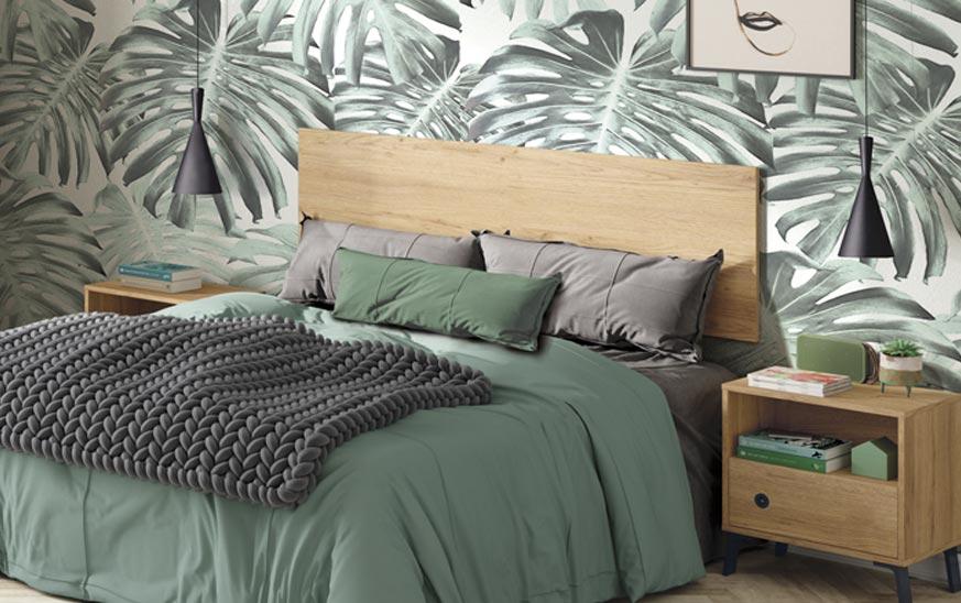 Idea cabecero cama minimal. Papel pintado vegetal, con monstera.
